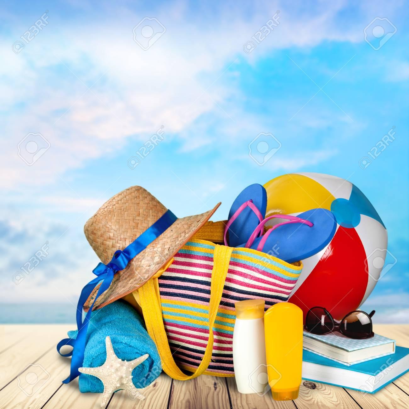 Vacances Ete Plage Banque D Images Et Photos Libres De Droits Image 42384695