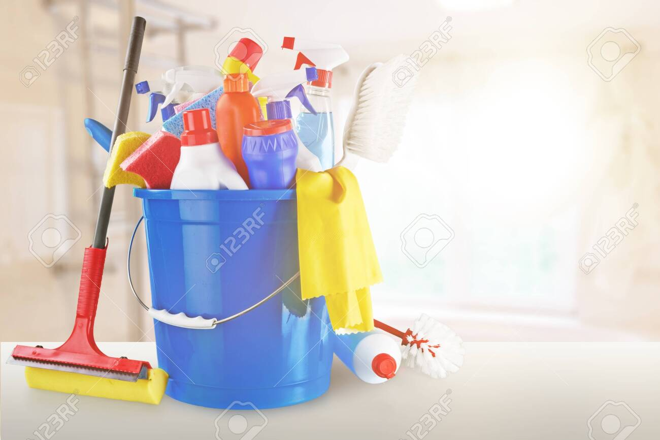 Plastic bottles, cleaning gloves and bucket on white background - 124465349