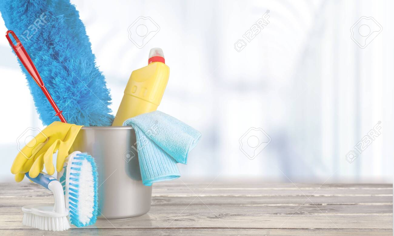 Plastic bottle, cleaning gloves and bucket on background - 127333665