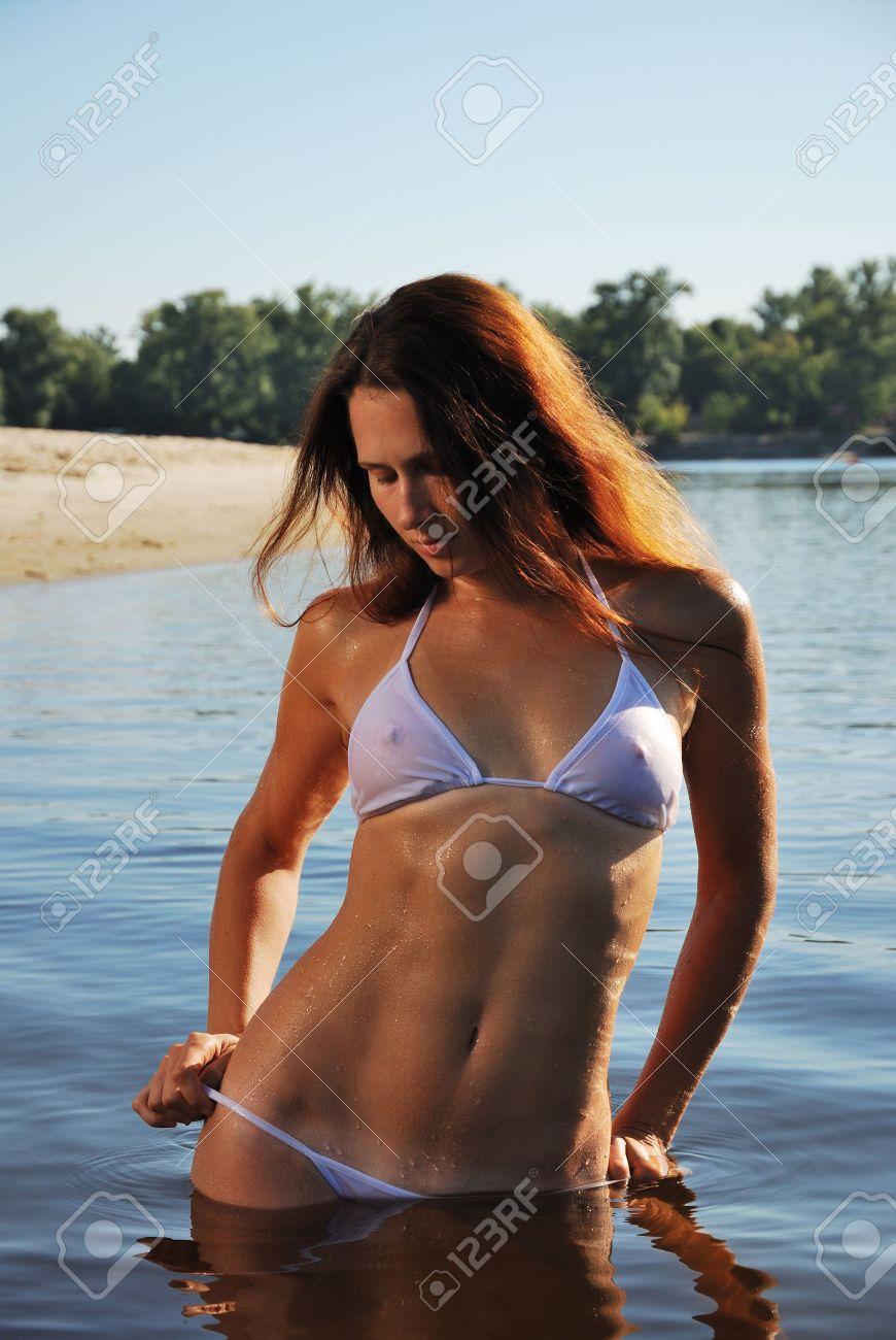 bikini nass