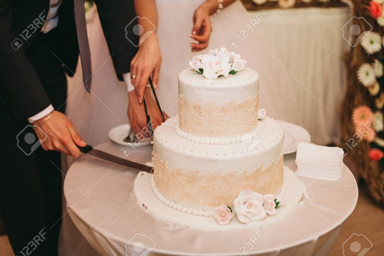 Gâteau De Mariage De Luxe Image Stock Image Du Célébration