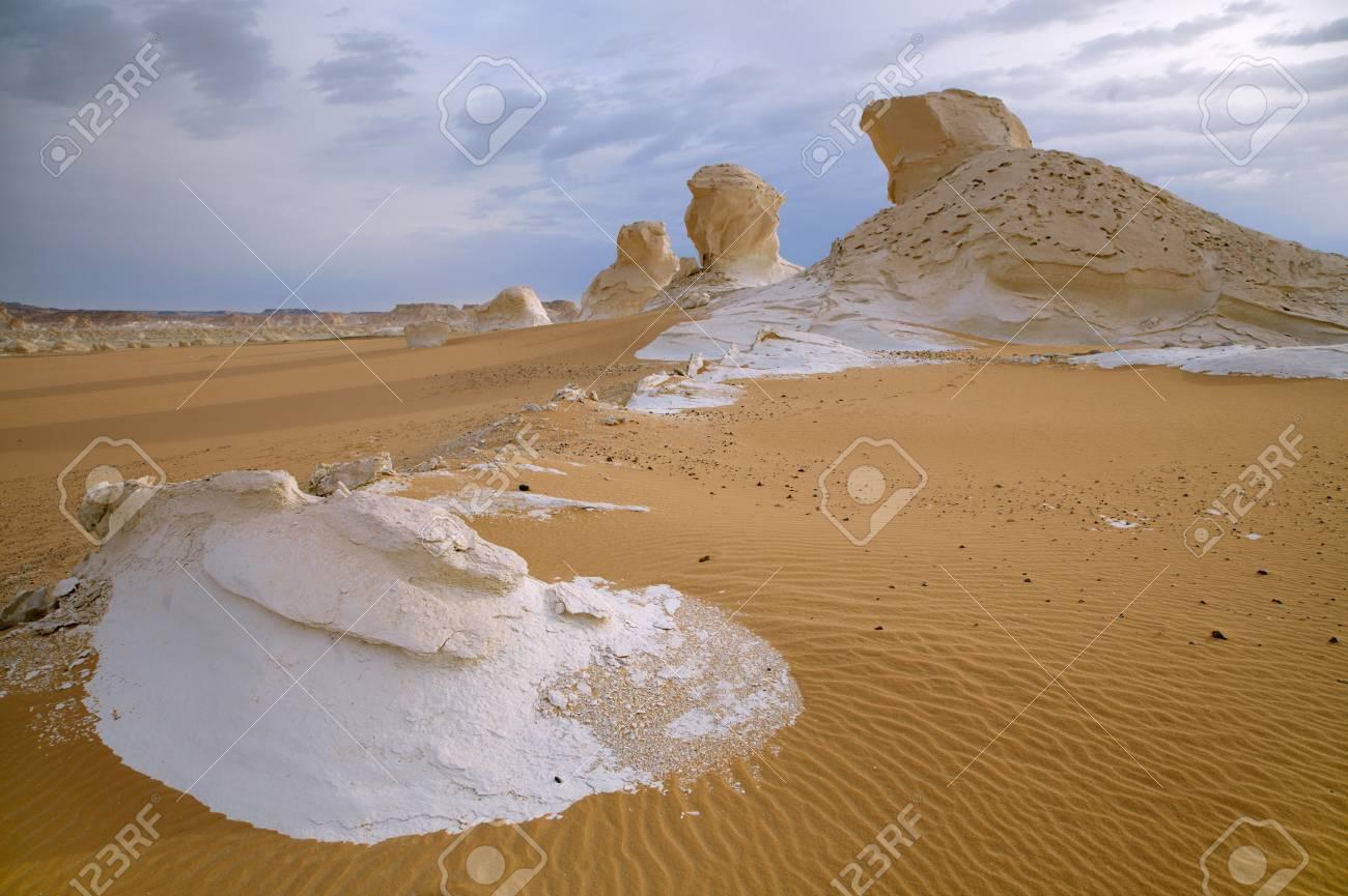 The limestone formation rocks in the White Desert, Egypt Stock Photo - 12405048