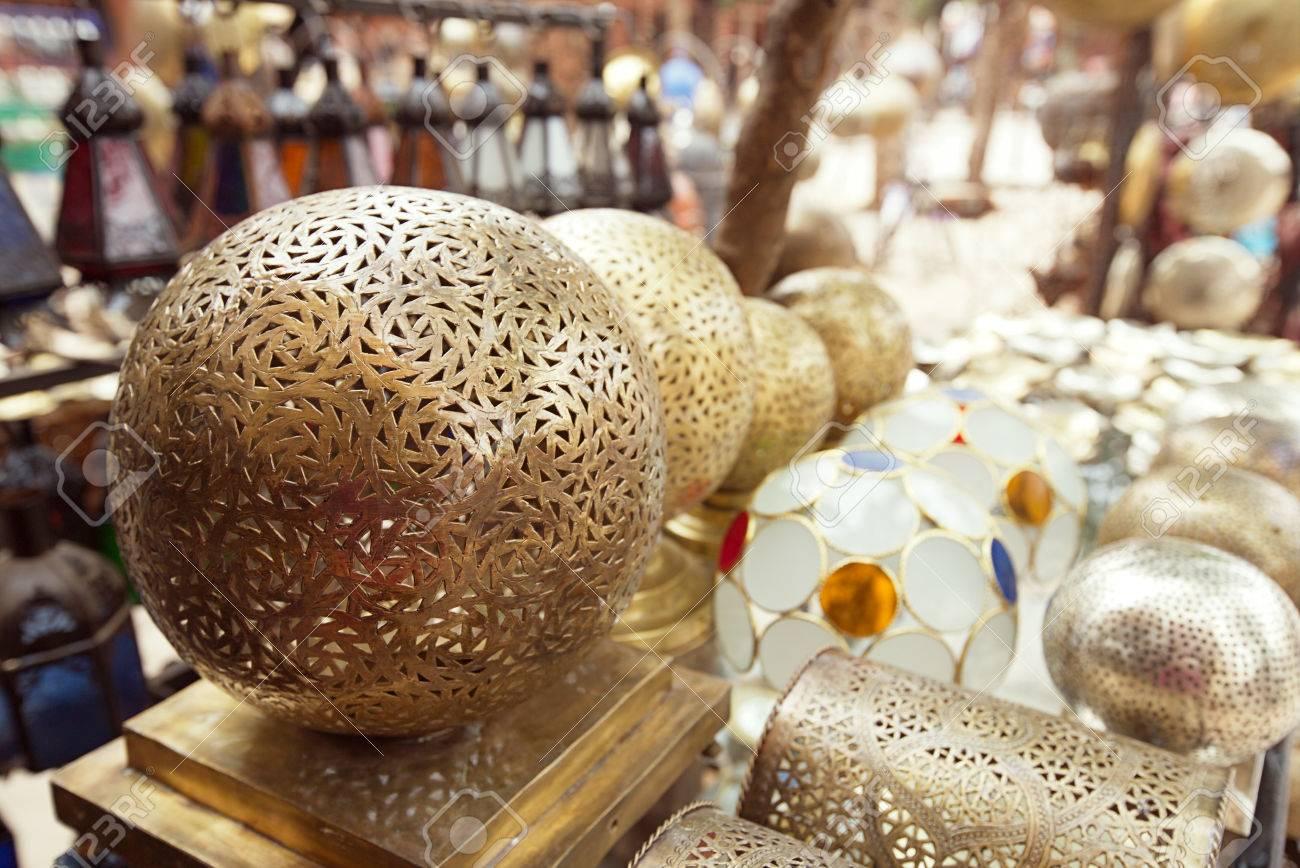 marruecos vidrio y lmparas de metal lmparas zoco de marrakech foto de archivo