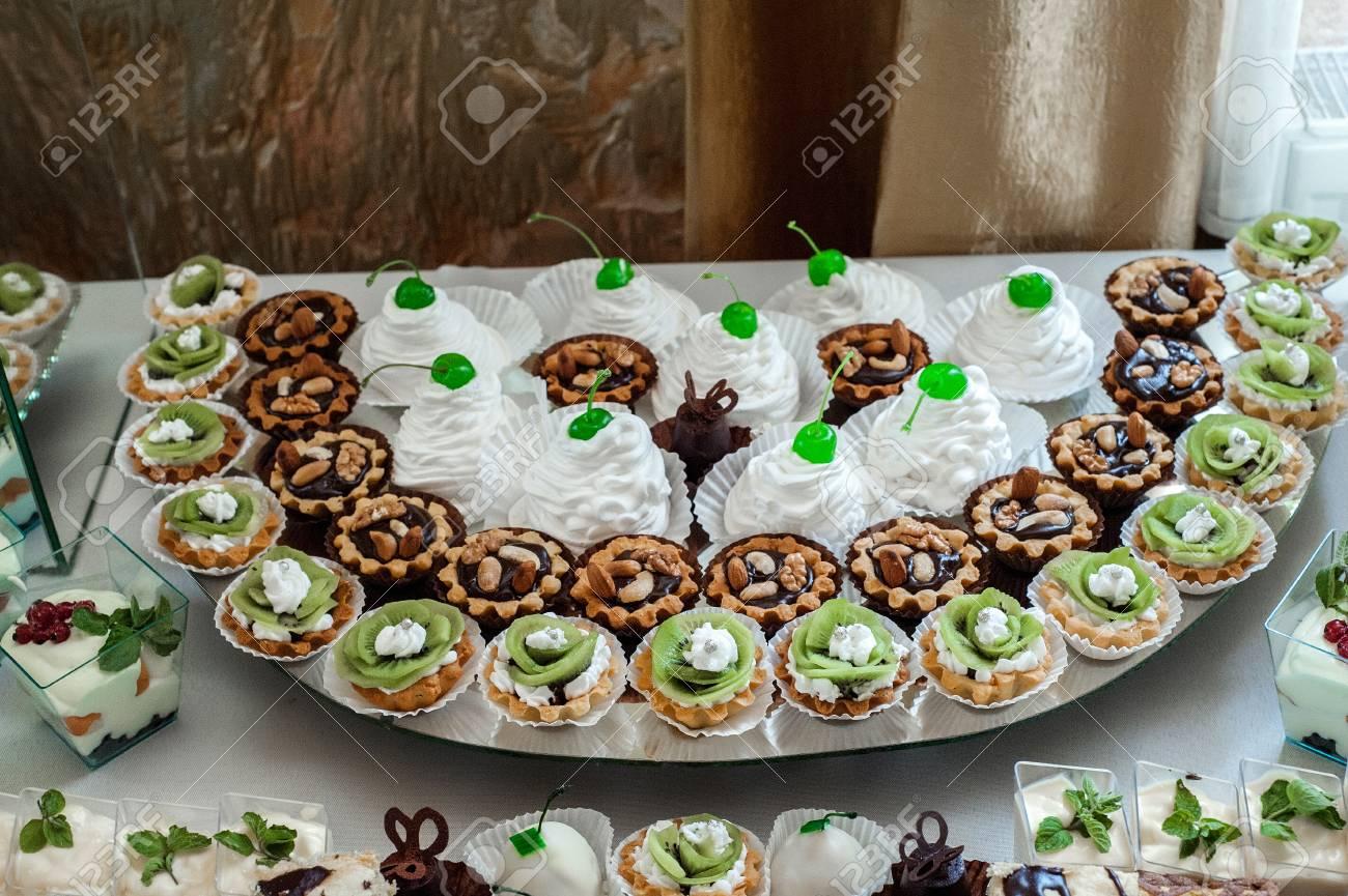 Kuchen Sussigkeiten Marshmallows Kuchen Fruchte Und Andere