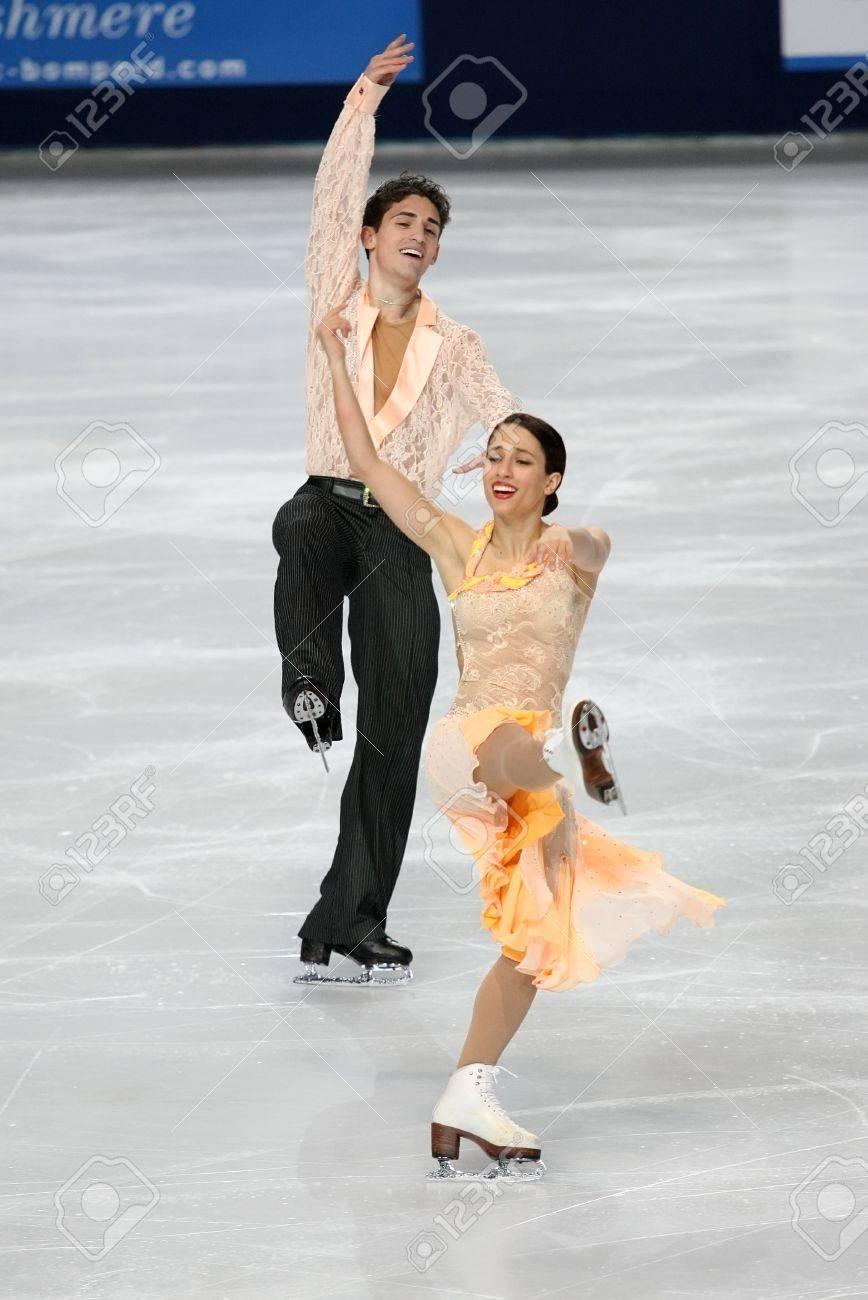PARIS - NOVEMBER 26: Isabella CANNUSCIO / Ian LORELLO of USA perform short dance at the ISU Grand Prix Eric Bompard Trophy on November 26, 2010 at Palais-Omnisports de Bercy, Paris, France. Stock Photo - 8335380
