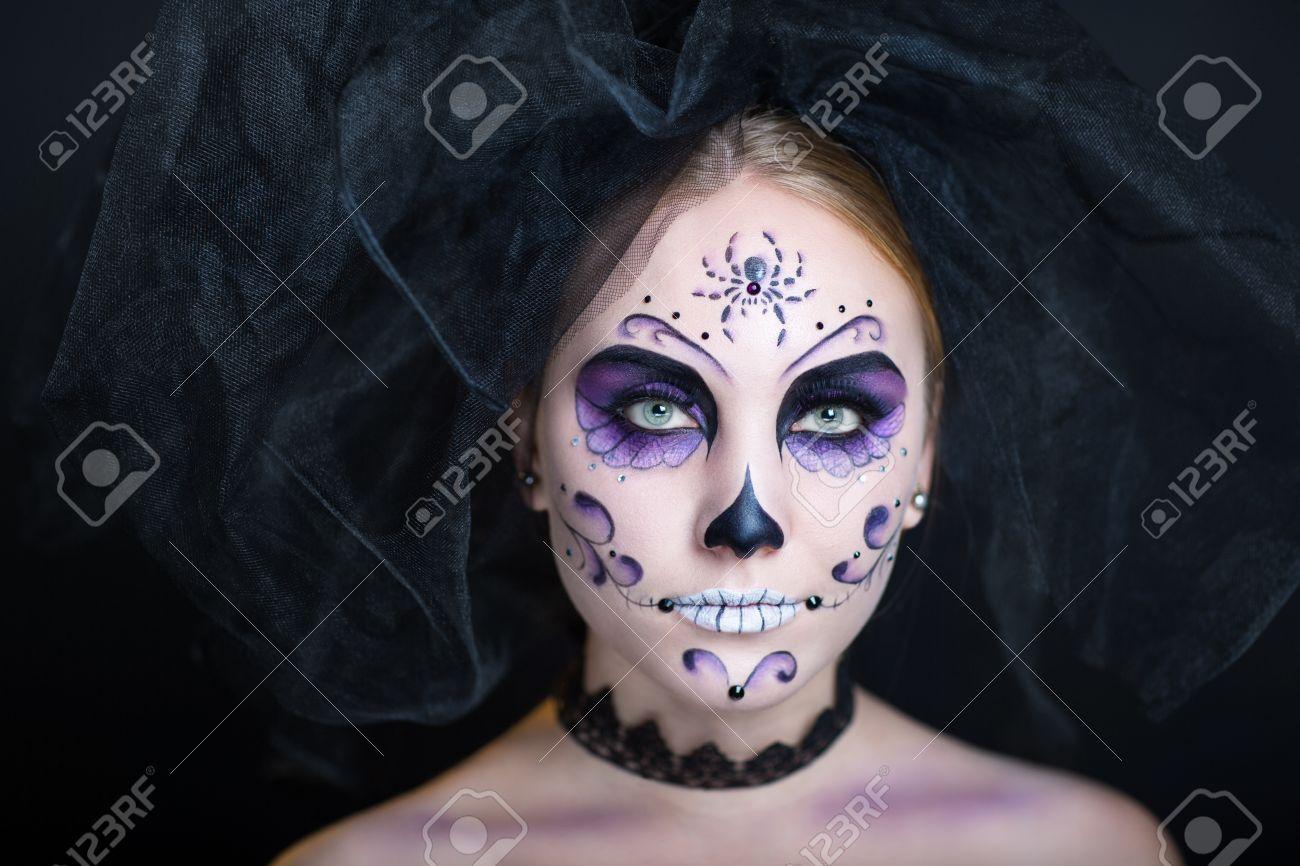 Dia De Los Muertos La Mascara De Craneo Hermosa Cara De Mujer - Cara-pintada-para-halloween