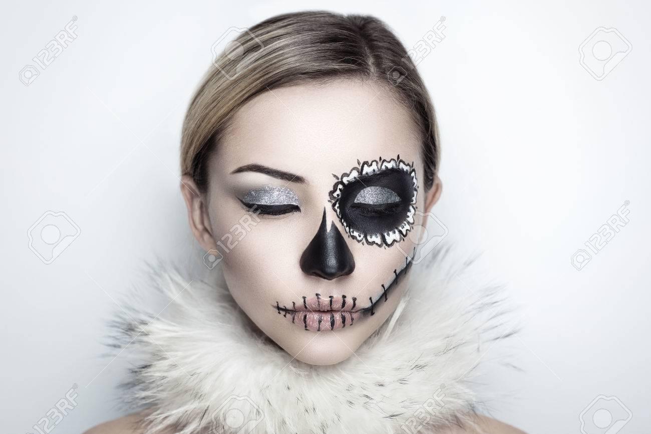 Tag Der Toten, Schädel-Maske. Kunst Frau Schönes Gesicht Als ...