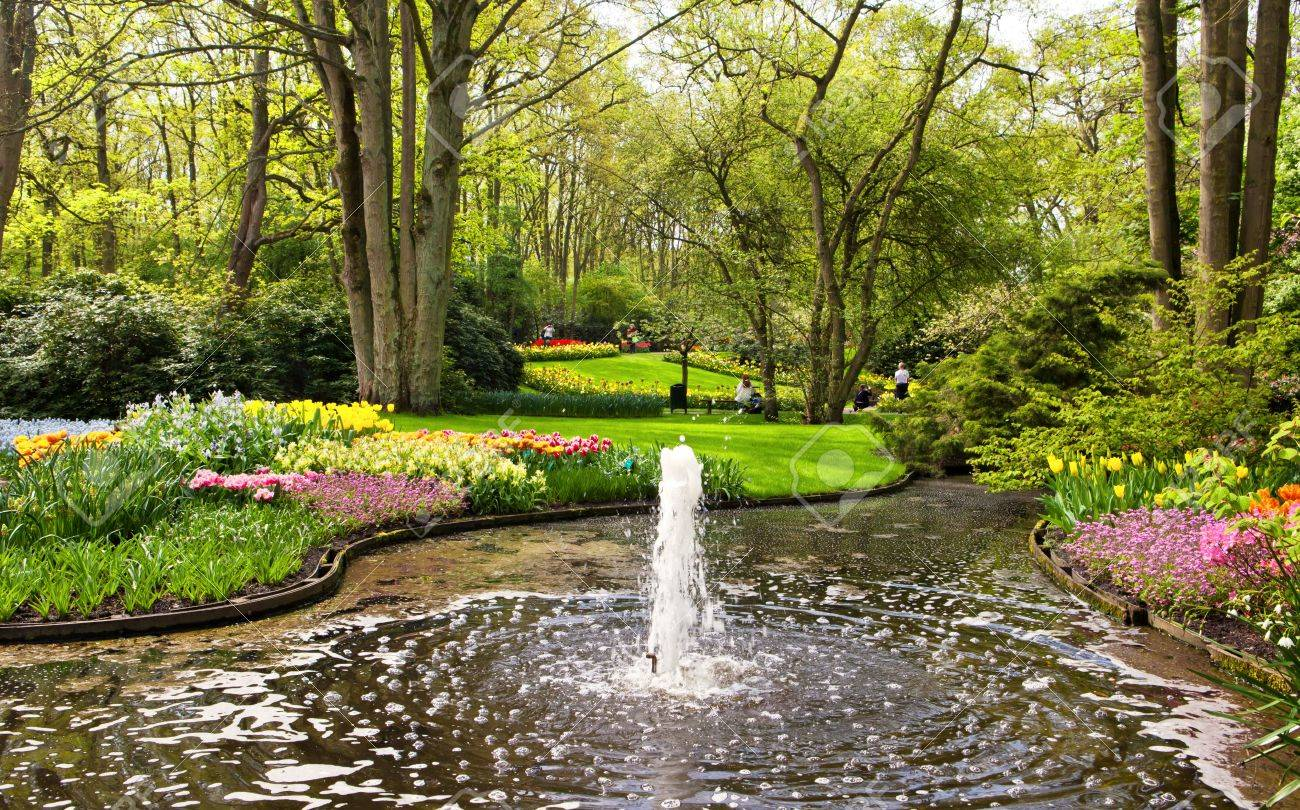 Garden with tulips in the Keukenhof, Netherlands Stock Photo - 13740644