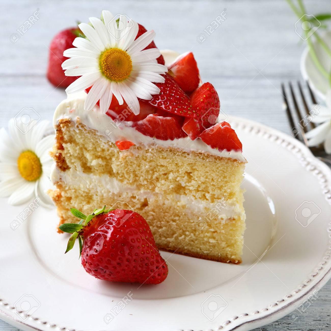 Tasty Stuck Sommer Kuchen Lebensmittel Lizenzfreie Fotos Bilder