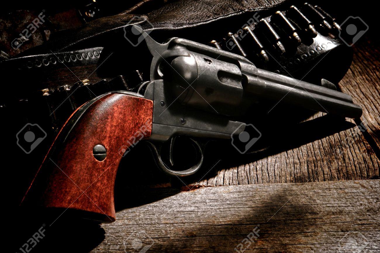 American West Legend Antique Six-shooter Revolver Gun And Vintage ...