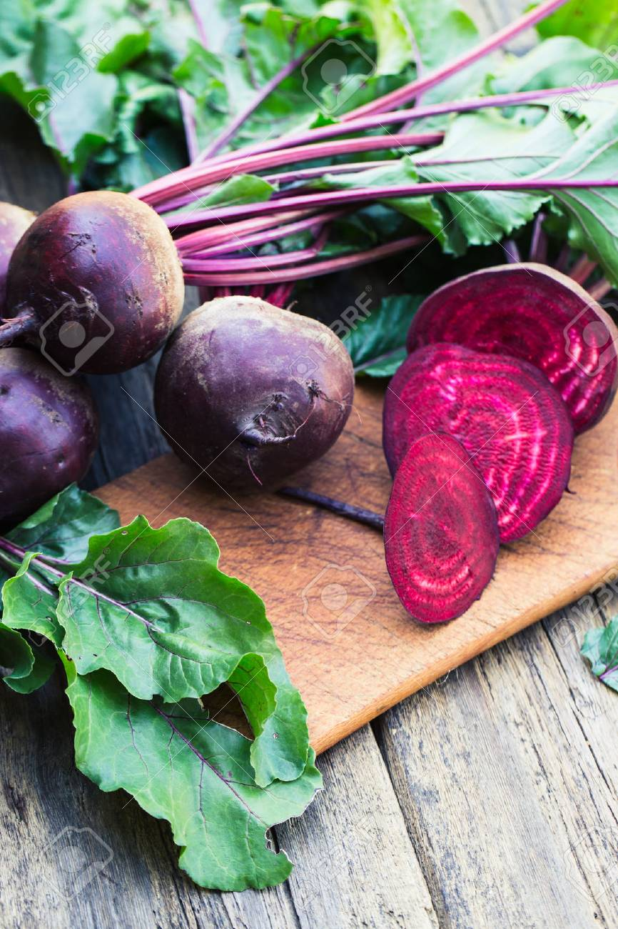 Fresh beet on wooden background - 44169204