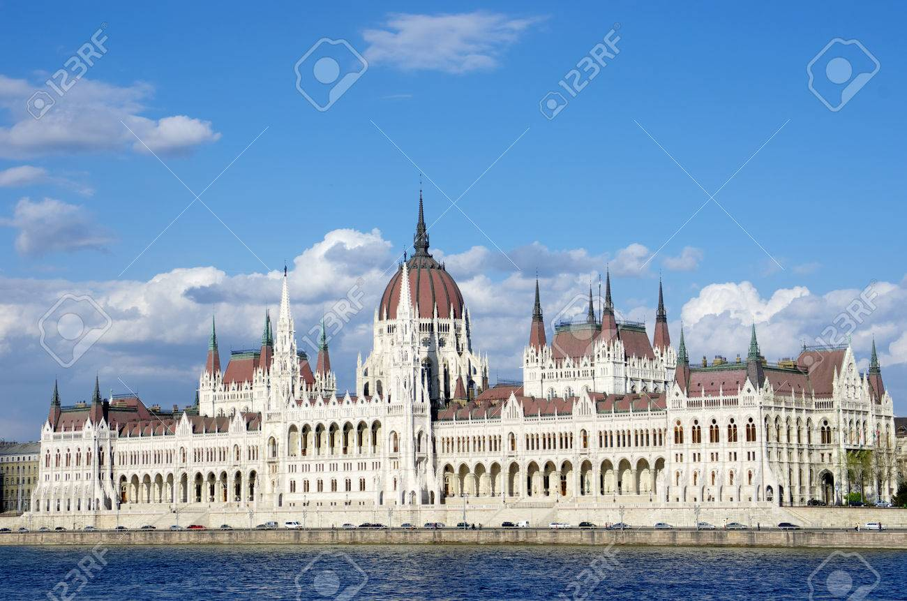 Budapest  the Hungarian Parliament Building was built in neo-Gothic and the main facade faces the River Danube Stock Photo - 22200002