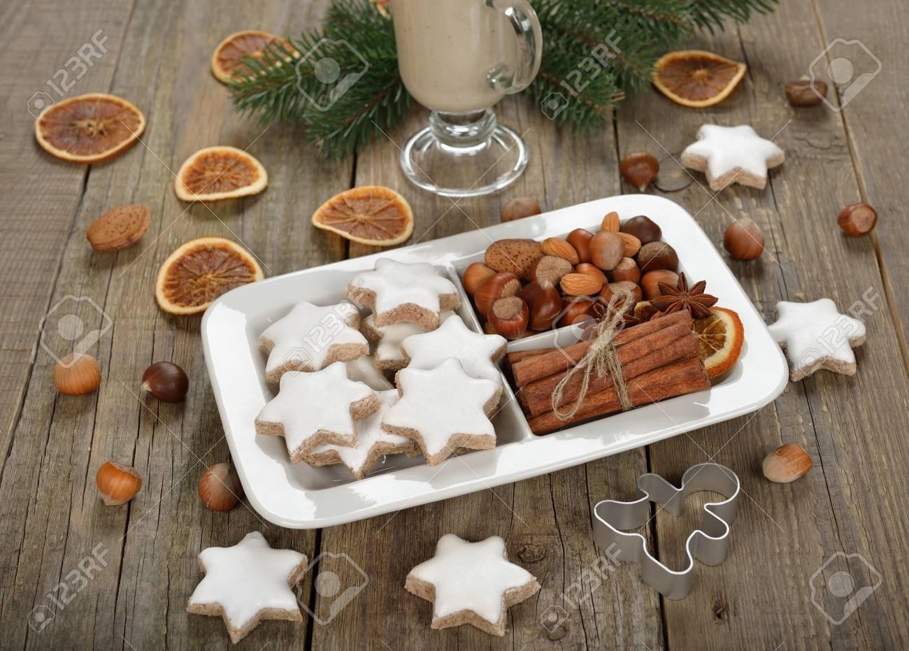 Weihnachtsgebäck Zimtsterne.Stock Photo