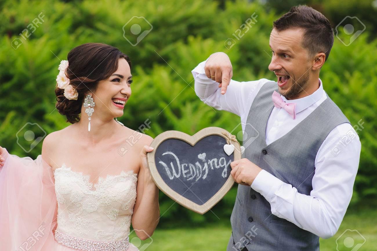 Wooden Bride /& Groom heart