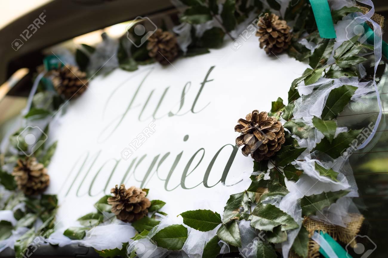 Hochzeit Auto Dekoration Heckglas Stilisierte Holzerne Hochzeit