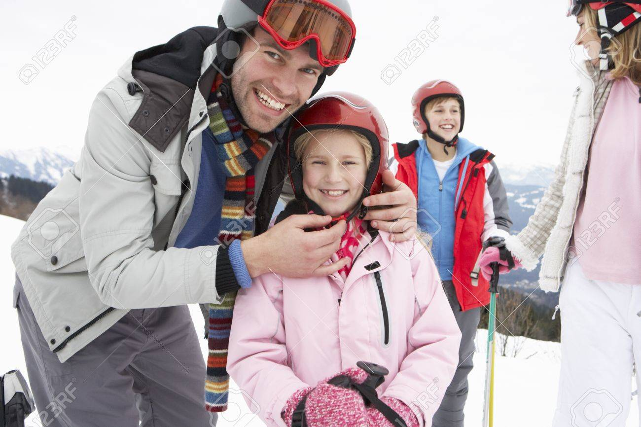 Young Family On Ski Vacation Stock Photo - 11246627