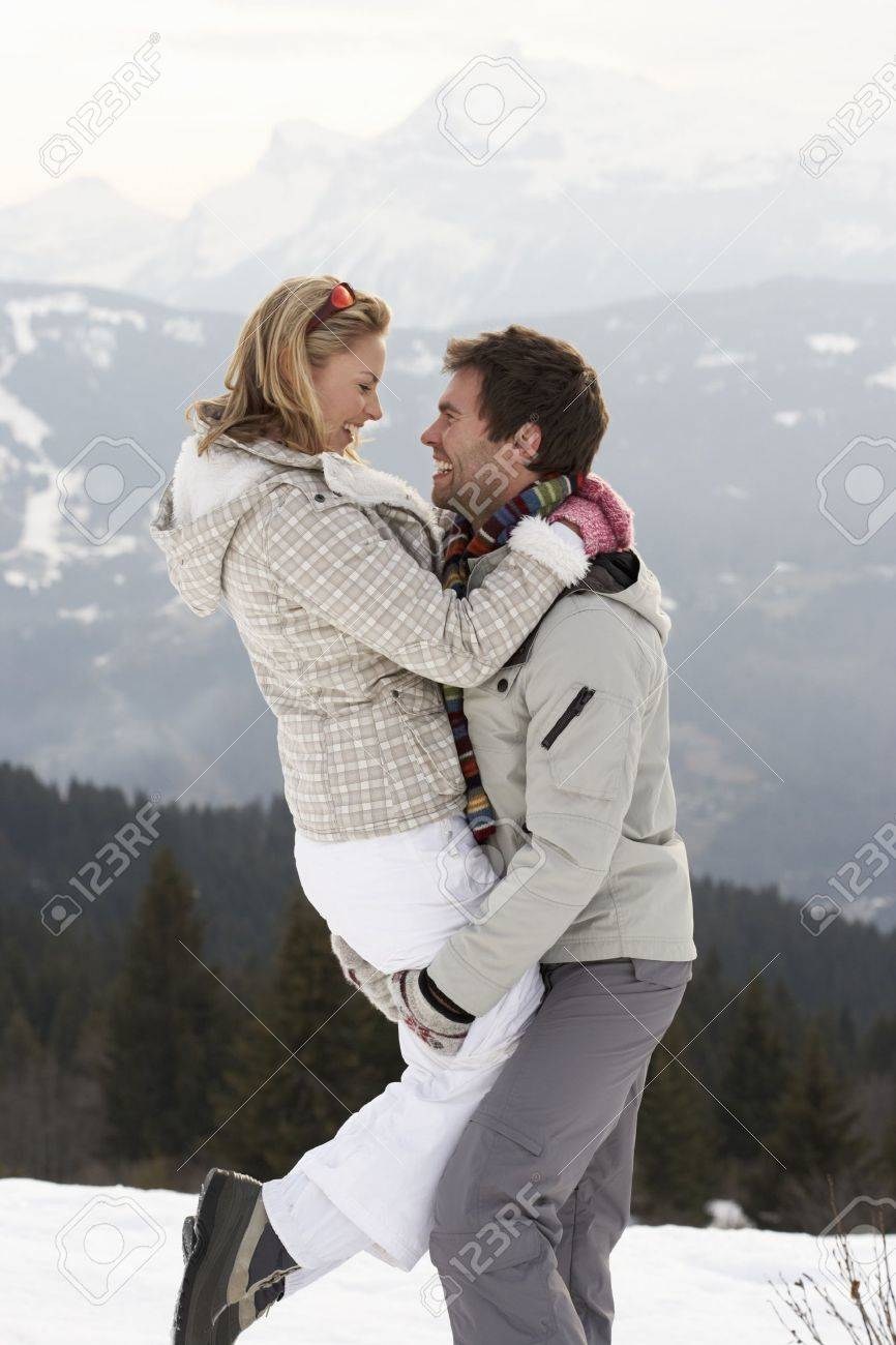 Young Couple On Winter Vacation Stock Photo - 11246537