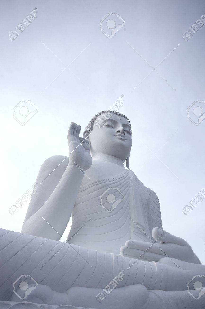 White buddha statue Stock Photo - 20874158