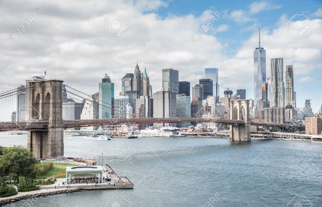 View Of Brooklyn Bridge And Manhattan Skyline New York City