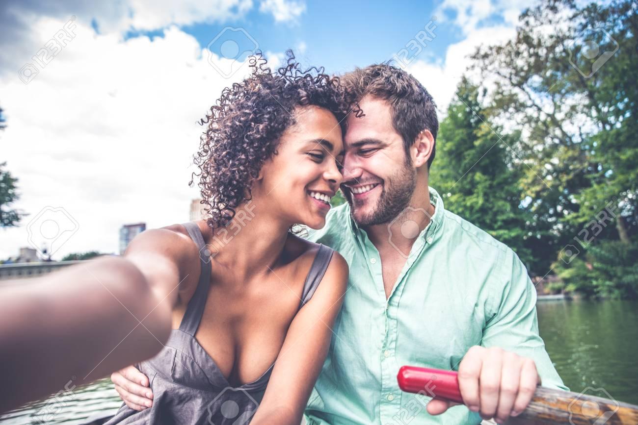 Dating zwischen den Rassen Tucson az haken auf
