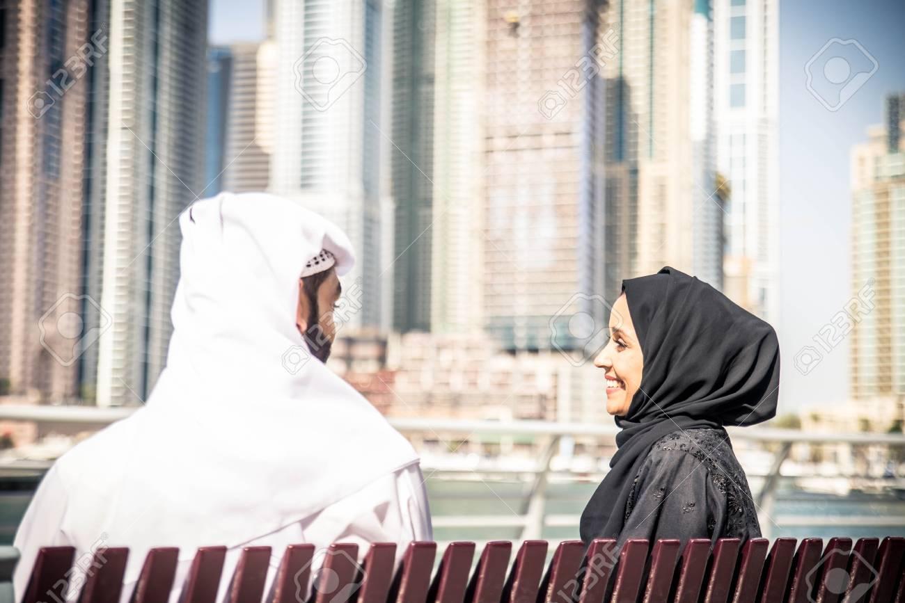 sito di dating gratuito Arab Consigliere dating ex cliente