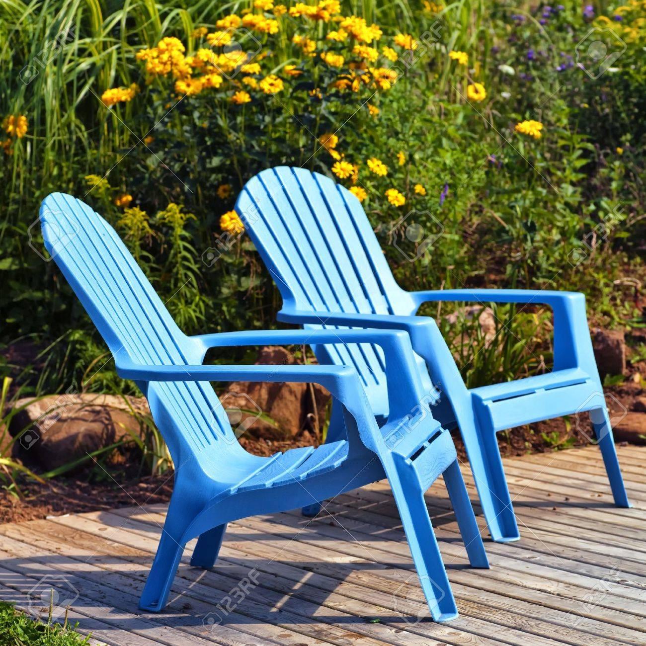 Asombroso Muebles De Plástico Azul Sillas Adirondack Motivo ...