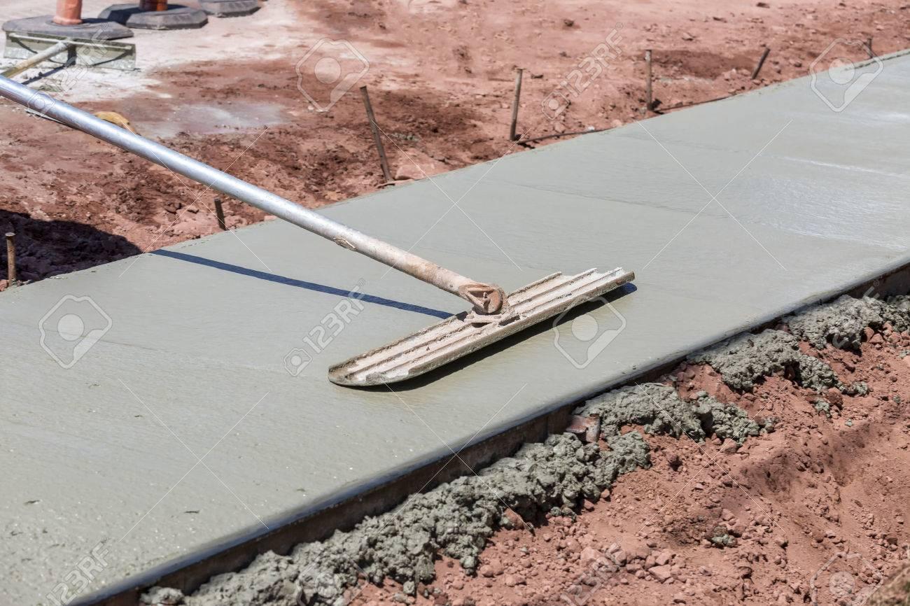 Construction of a new city sidewalk. Stock Photo - 29622780