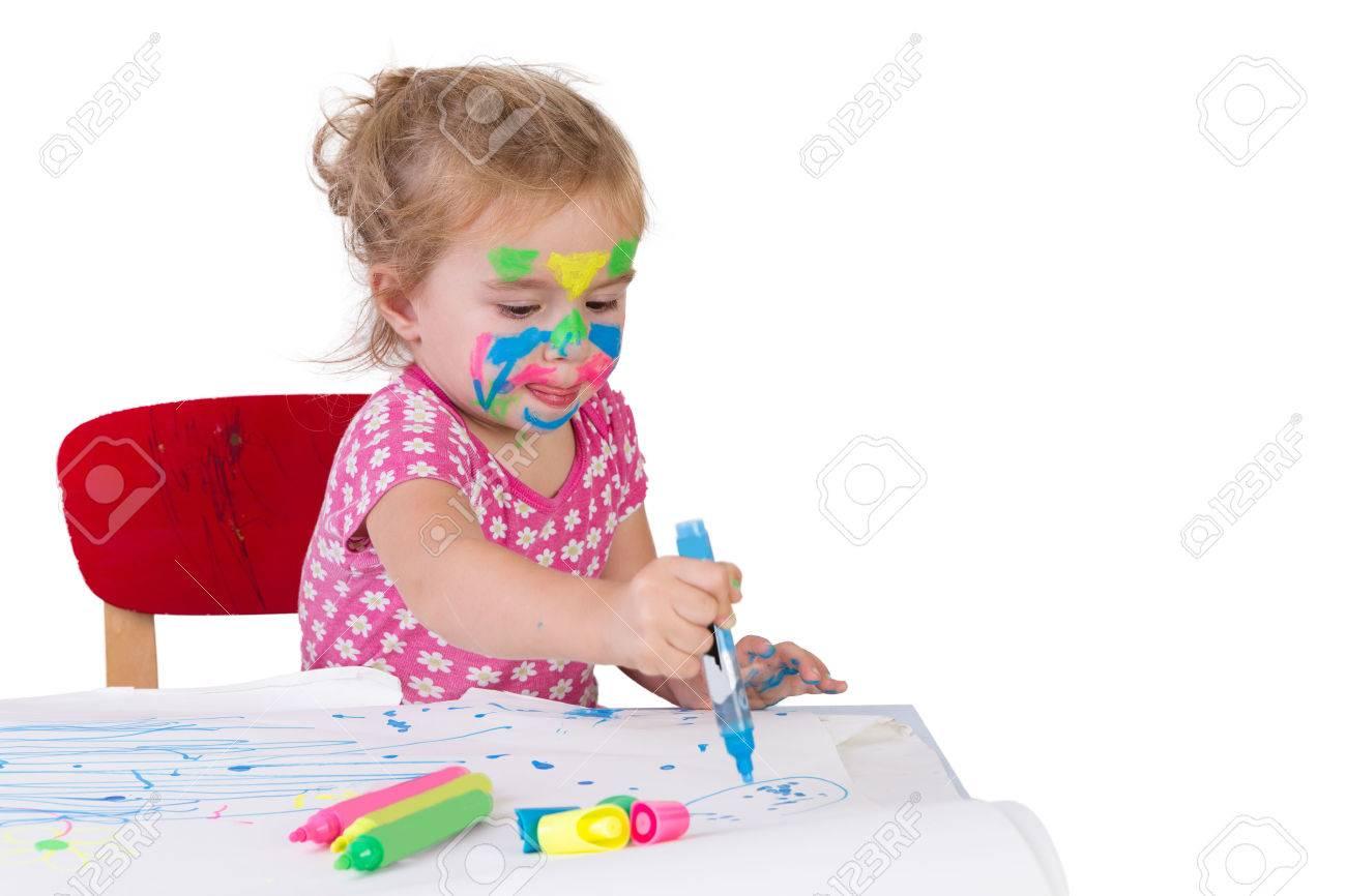 Muchacha Del Niño Aprender A Dibujar Con Marcadores Para Colorear ...