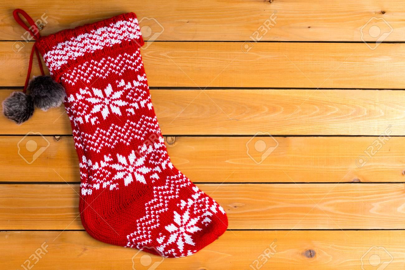Einzelne Rote Farbe Leer Aus Wolle Weihnachts-Strumpf Warten Auf ...