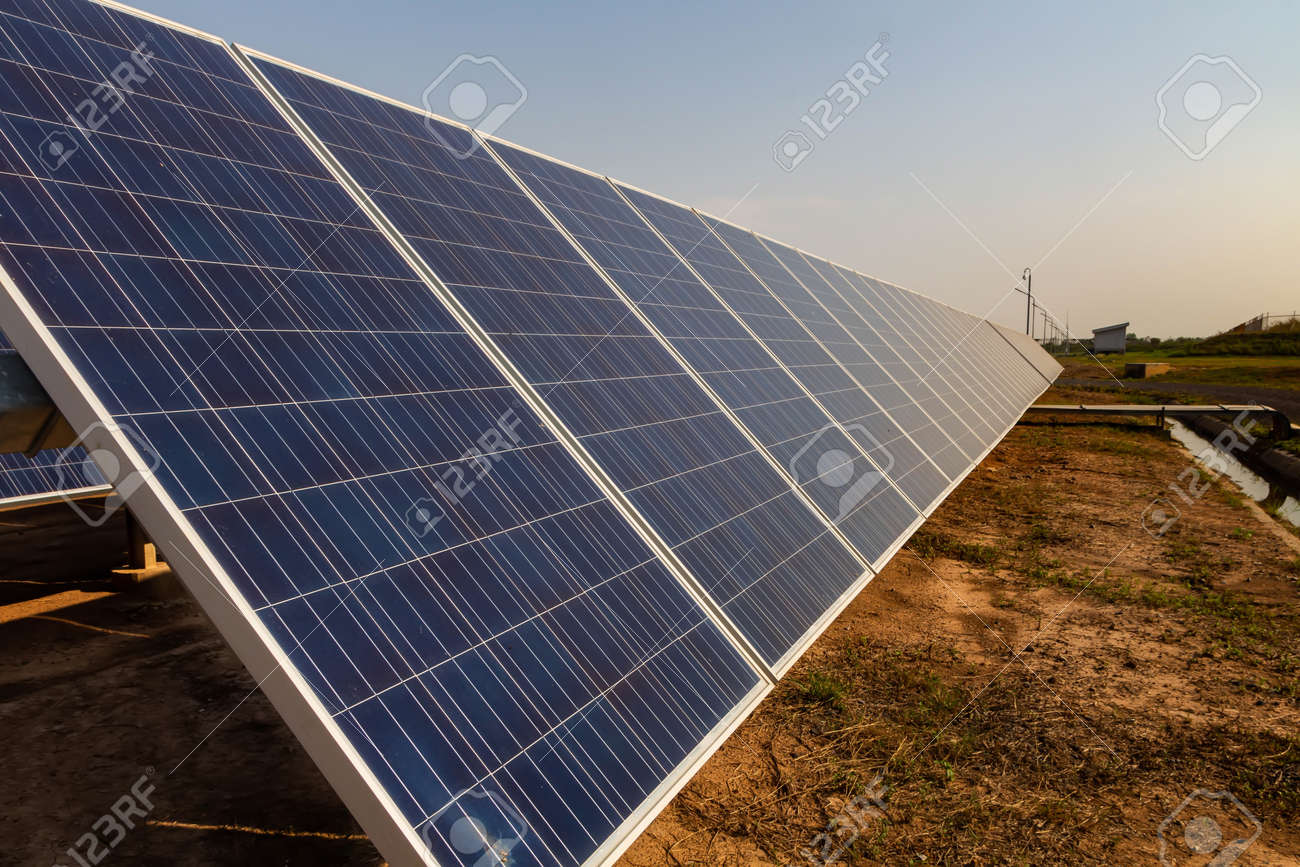 Solar panel, alternative electricity source, concept of sustainable resources, And this is a new system that can generate electricity more than the original, This's the sun tracking systems. - 125474998