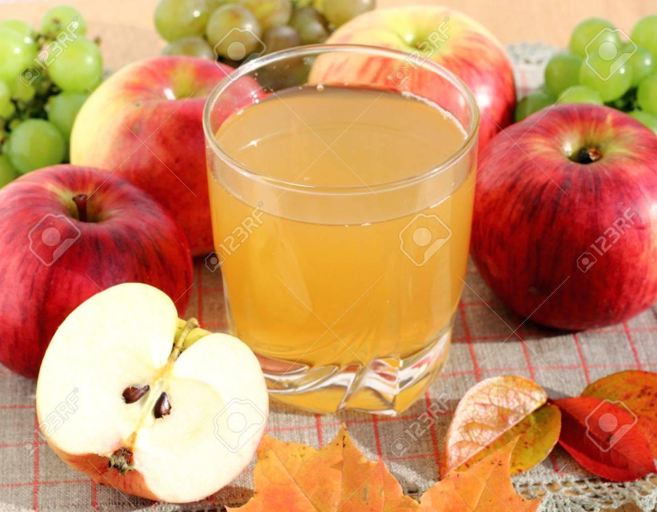 Imagini pentru natural apple juice