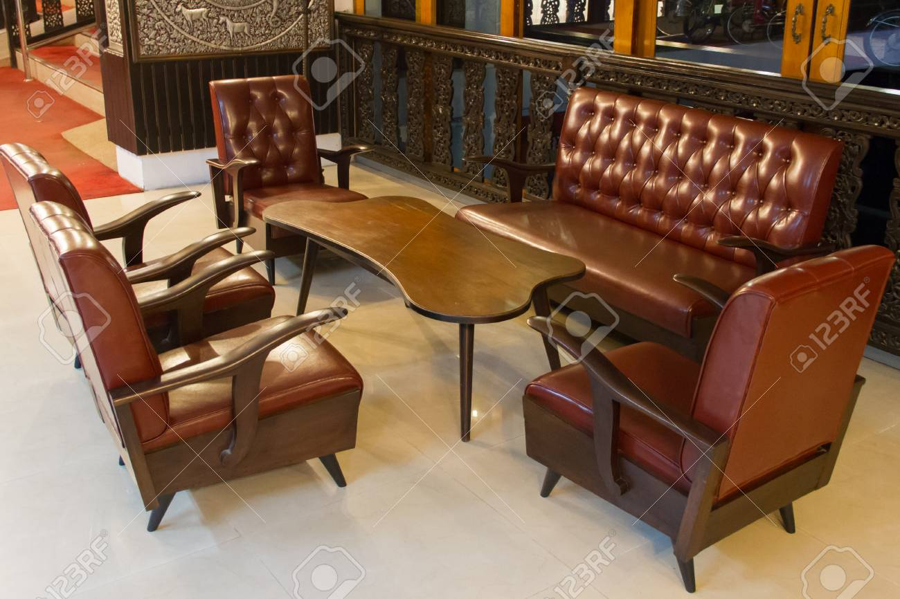 Banque dimages leather sofa set in living room