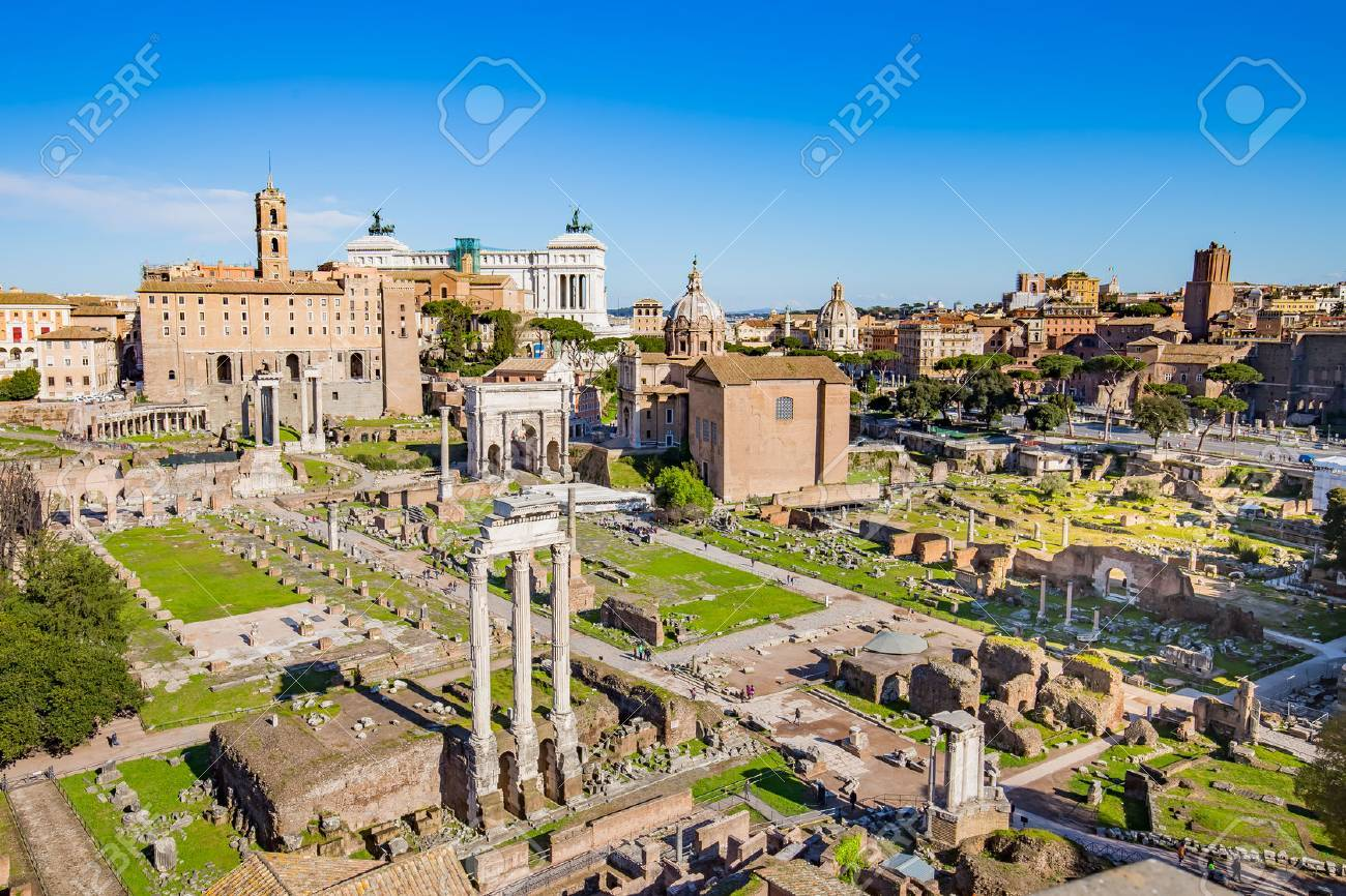The Roman Forum in Rome, Italy. Banque d'images - 41991335