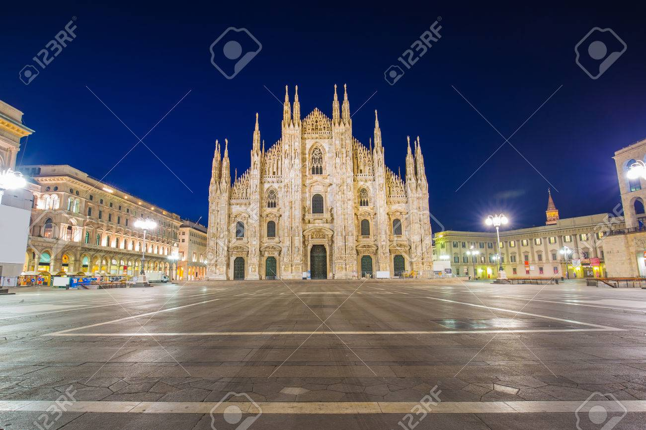 The Duomo of Milan Cathedral in Milan, Italy. Banque d'images - 43370203