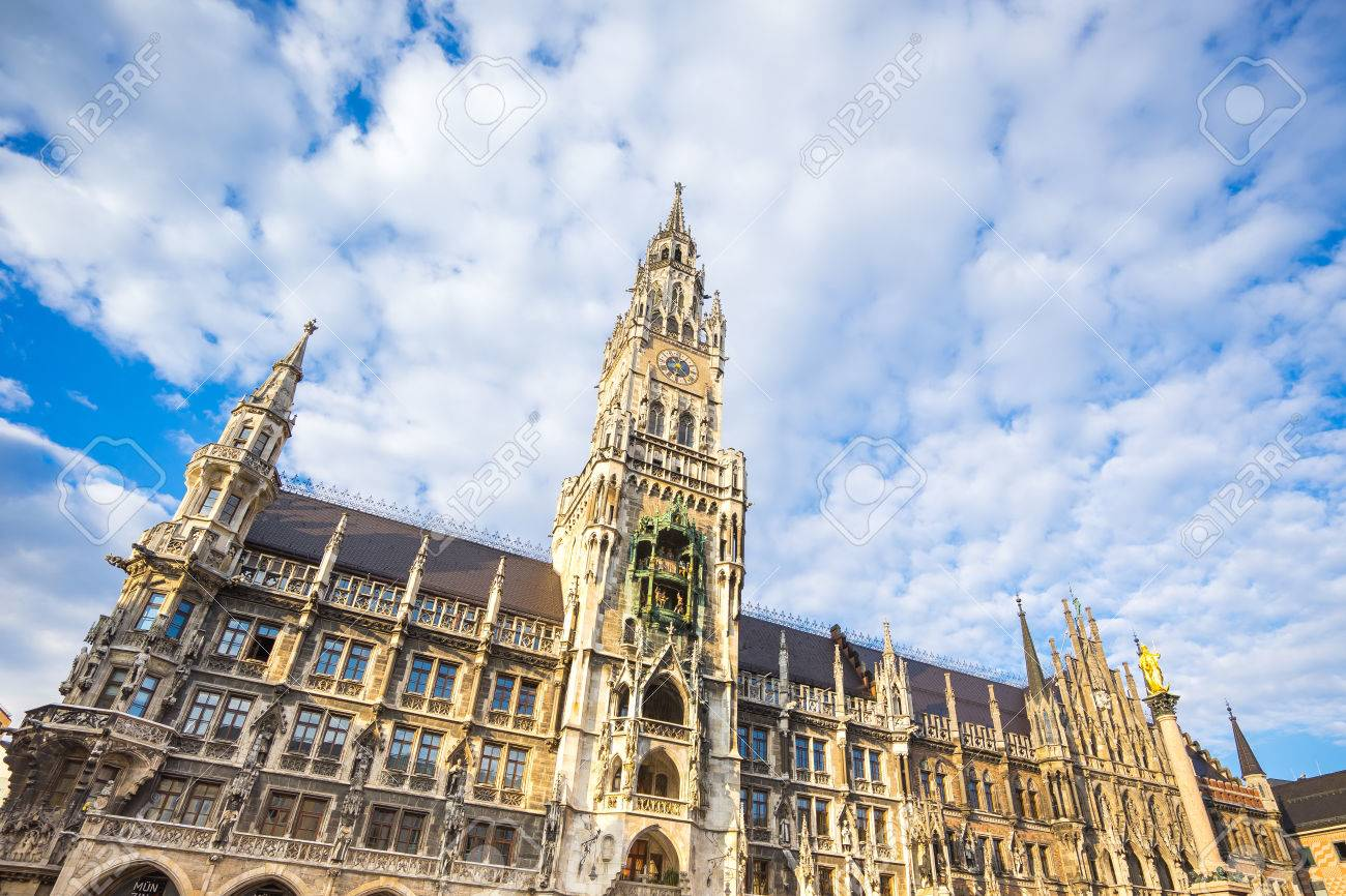 The new Town Hall in Munich, Germany. Banque d'images - 60339313