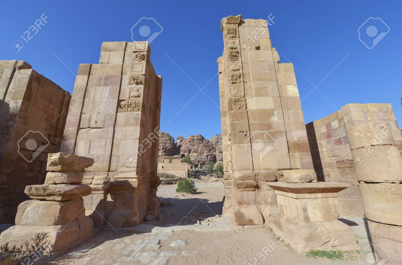 ... World Heritage Site. Ancient city of Petra 198d595d6