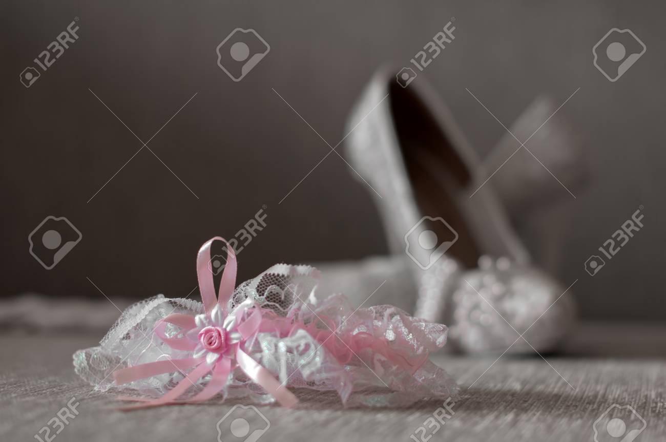 Hochzeit Strumpfband Mit Rosa Schleife Und Hochzeitsschuhe