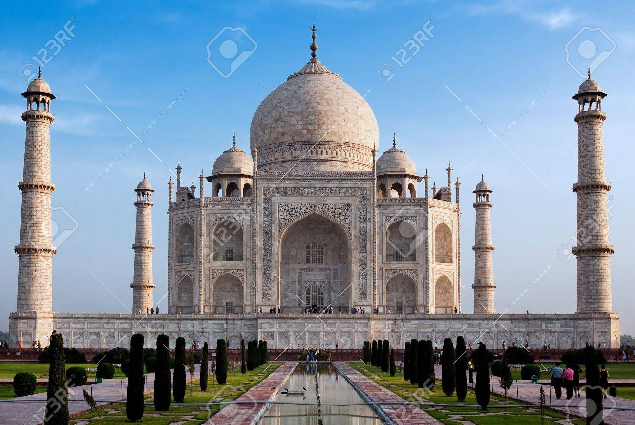 taj mahal agra uttar pradesh in india Stock Photo - 6974335