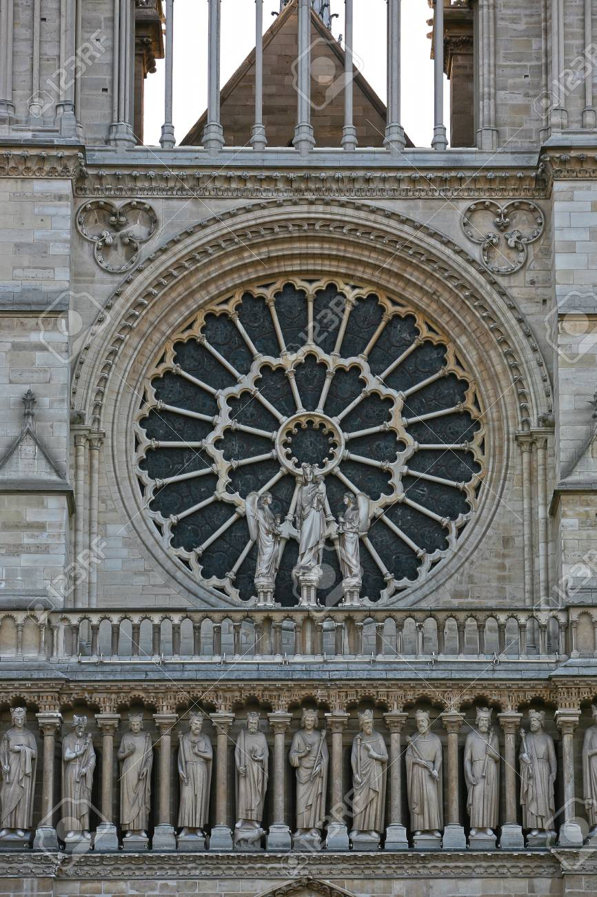Notre Dame  de Paris rose window close up Stock Photo - 18262039