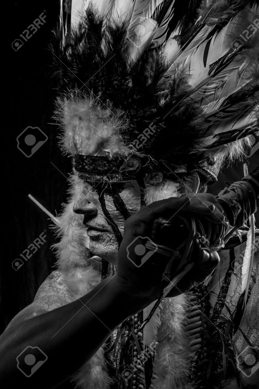 American Indian chief with big feather headdress, warrior Stock Photo - 28233177