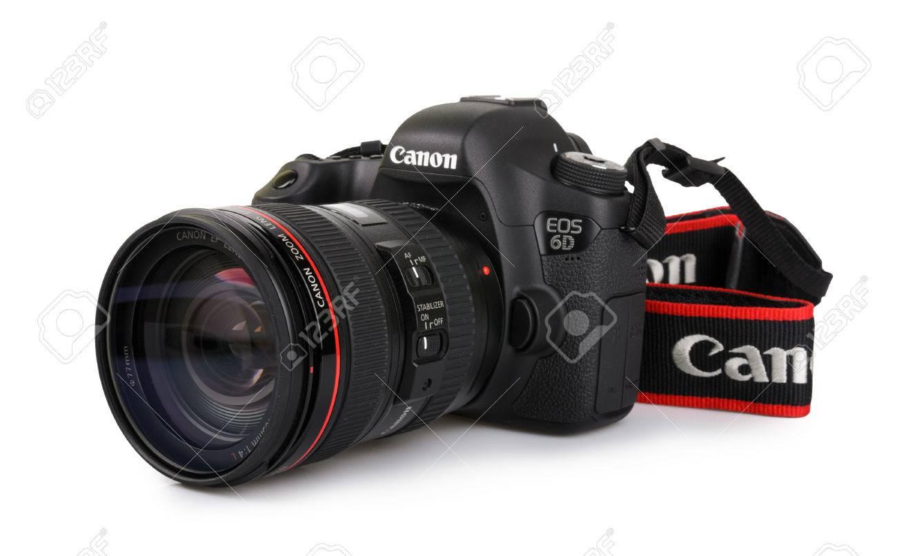 KYIV, UKRAINE - MARCH 30, 2015 :  Canon 6D camera with 24-105mm
