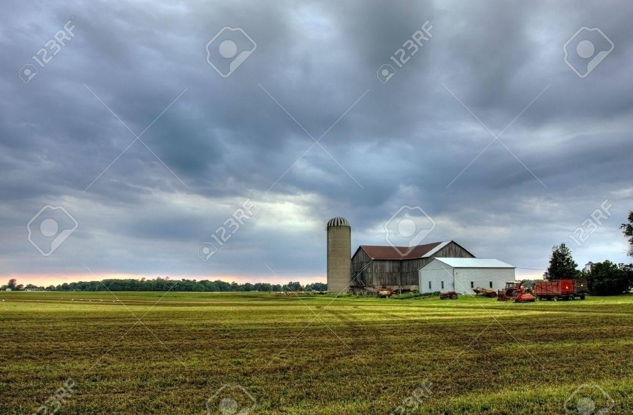 farmhouse in Onatrio against dramatic sky Stock Photo - 5600561