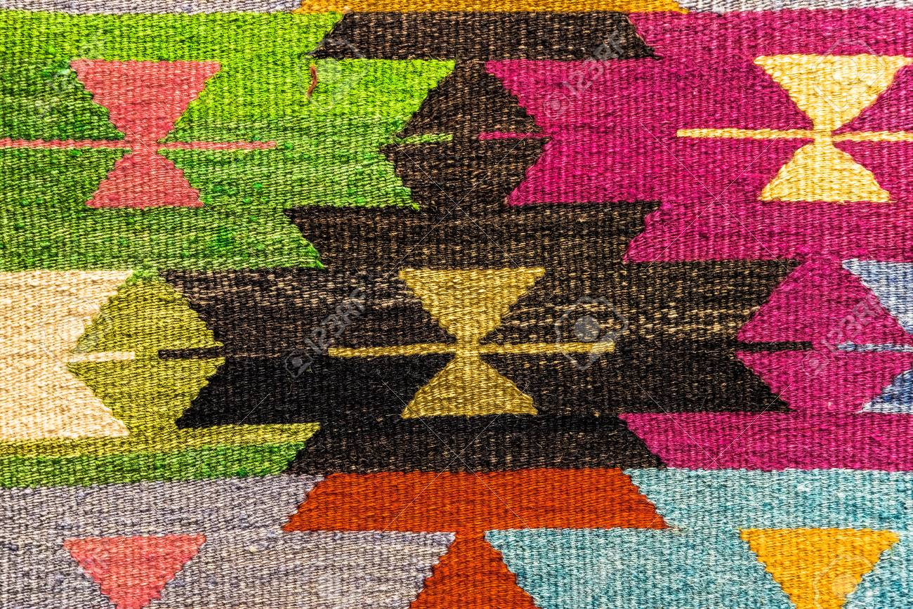 banque dimages tapis tiss la main et tapisserie tapis vintage sur un bazar turc tapis traditionnels de turquie en egypte bazar turquie - Tapis Vintage