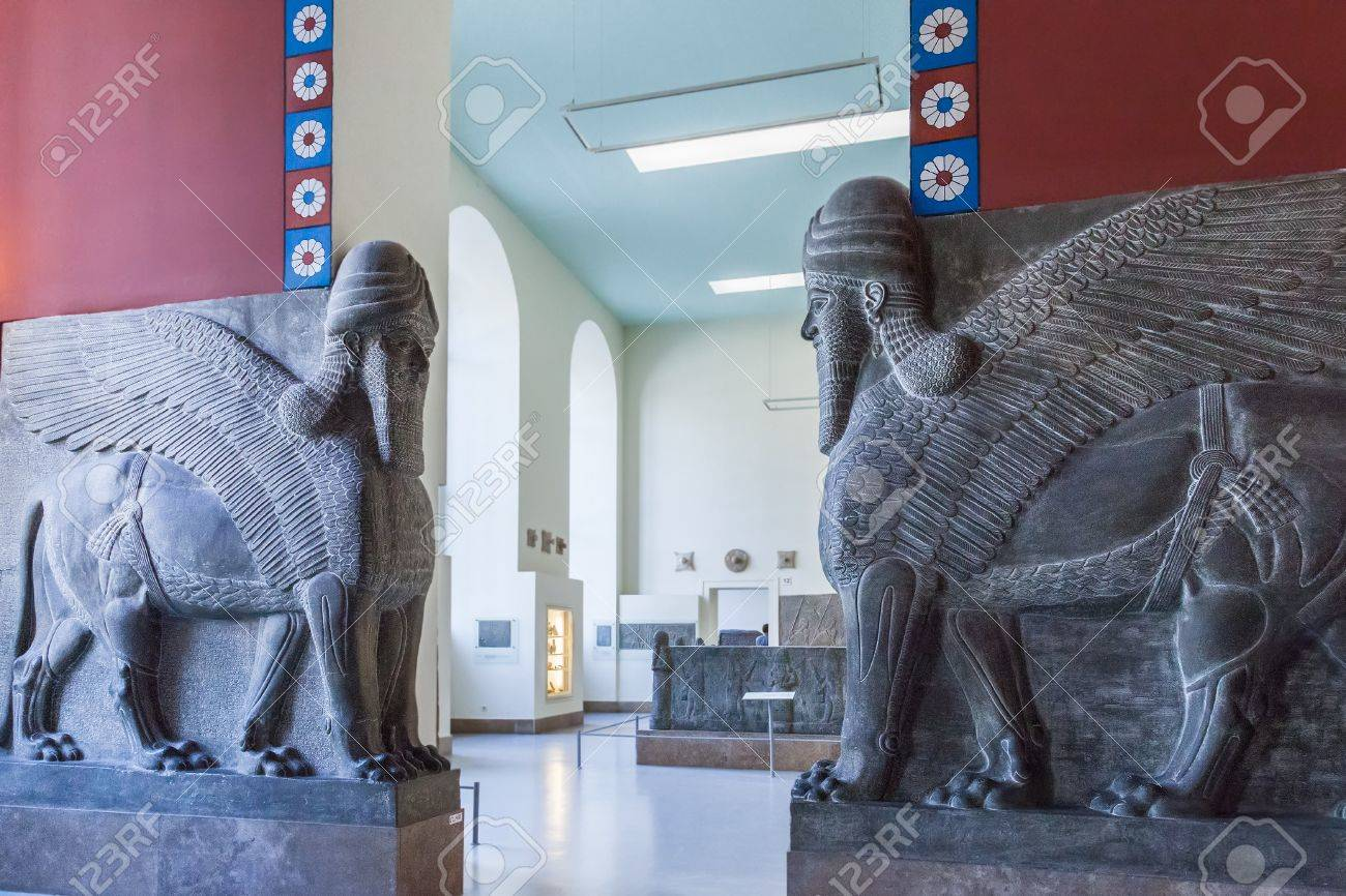 BERLIN, GERMANY - MARCH 06, 2013: The guardians in the Pergamon Museum. This is one of the most visited museums in Germany - 46769079