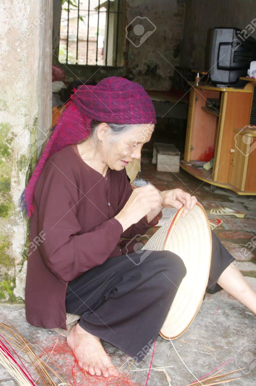 Kinh mère de couture de l - 10946554