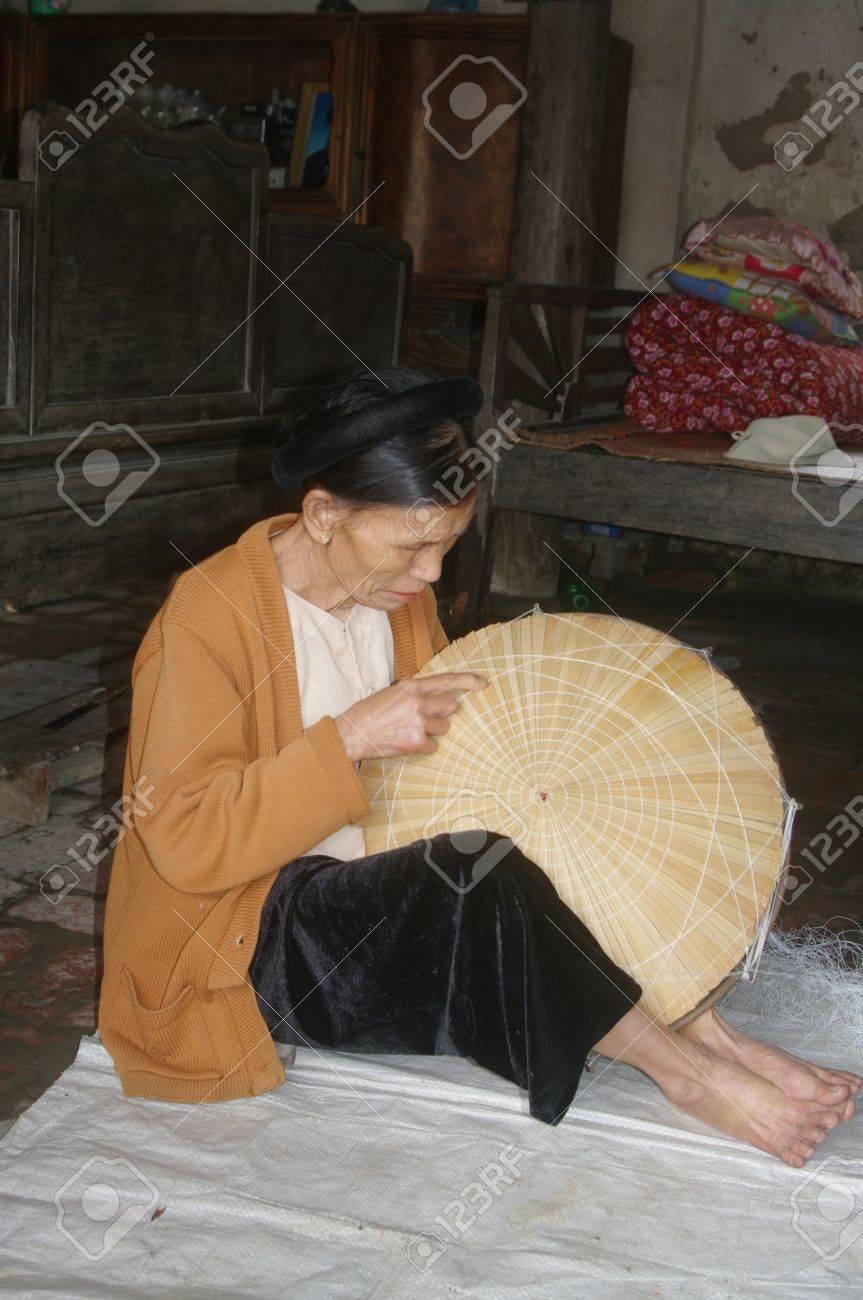 Kinh mère de couture de l - 10946552