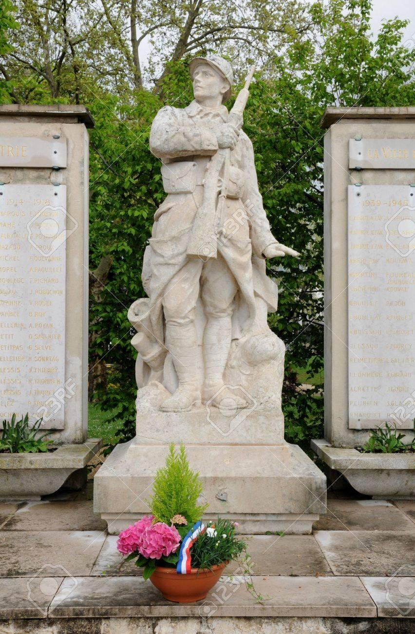 Ile de France, the war memorial of Les Mureaux