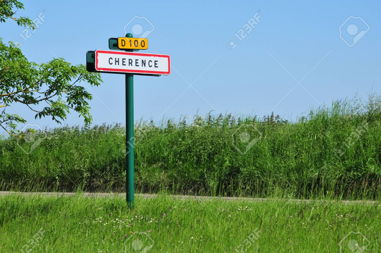 Ile de France, the village of Cherence in Val d'Oise Stock Photo - 28374130