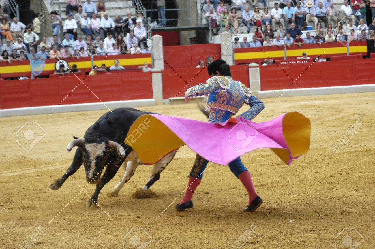 The bullfighter L�pez Chaves in the bullfight held in Granada on 3 June 2007, at Feria de Corpus Stock Photo - 6890803
