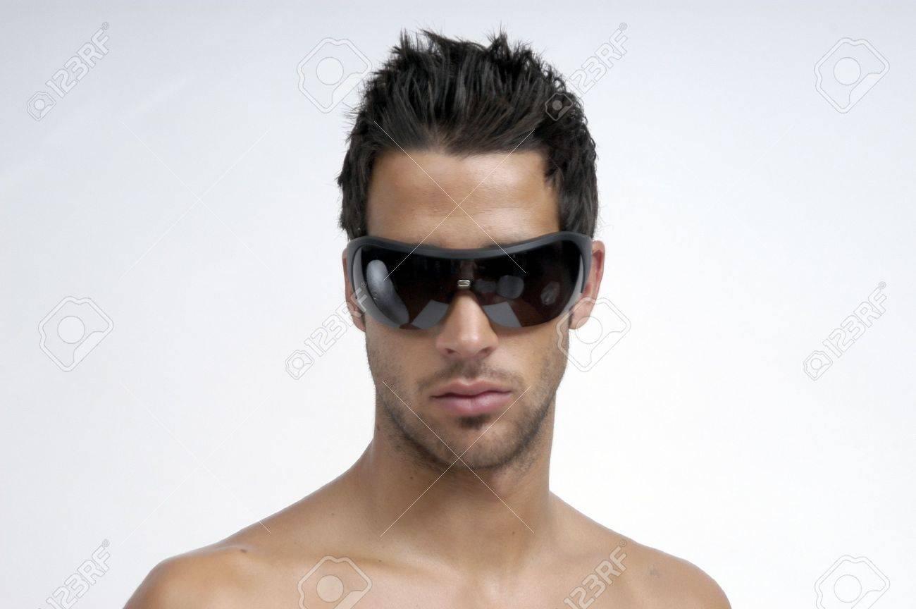 modelo con gafas de sol Foto de archivo - 9775151